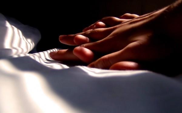 カップル ベッド