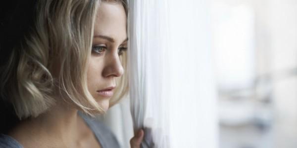 女性 憂鬱