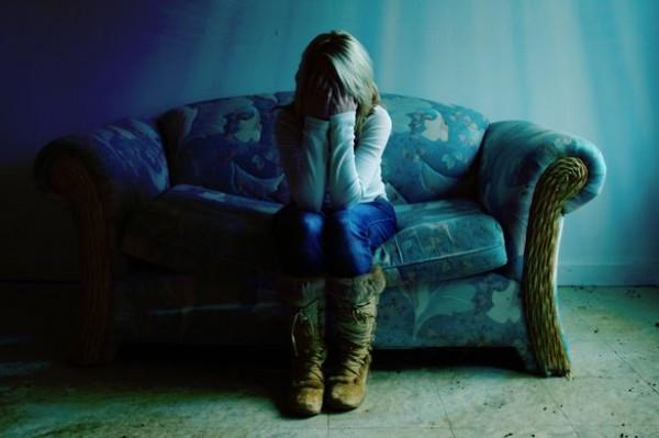 女性 孤独