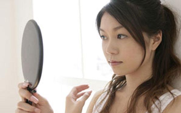 女性 鏡3