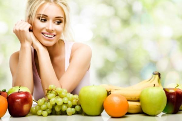 女性 フルーツ