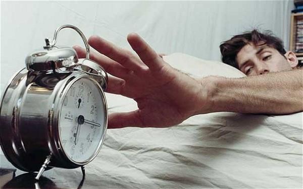 男性 目覚まし時計